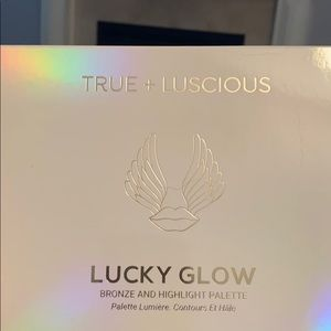 True + Luscious Lucky Glow Palette - 6 shades